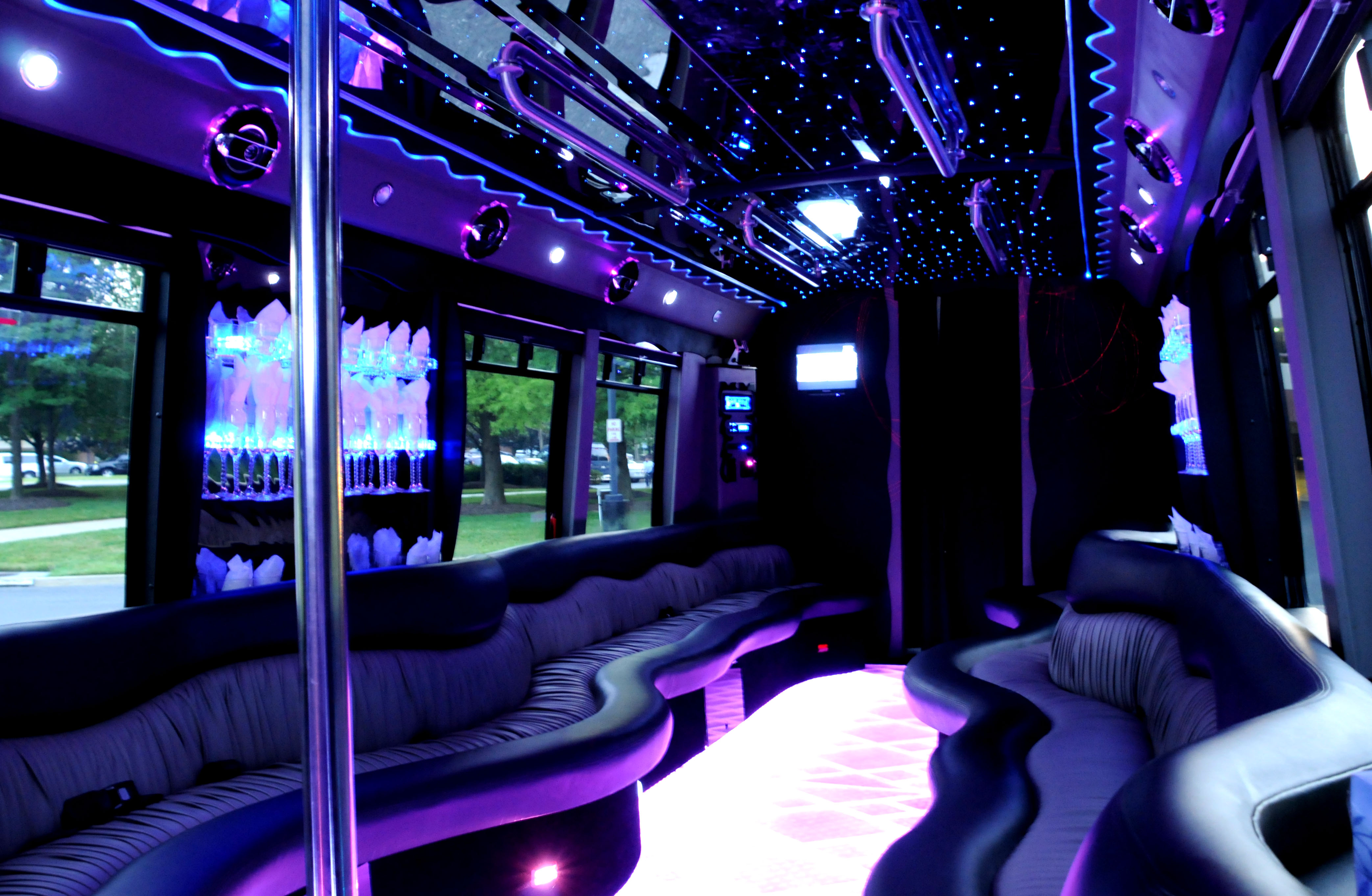 Party bus tampa party bus party bus rental for Mercedes benz of tampa florida